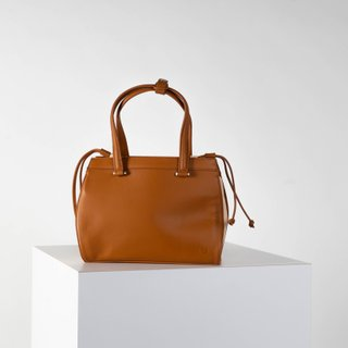 Vecto Gusset Bag in Tan with Beige Gusset